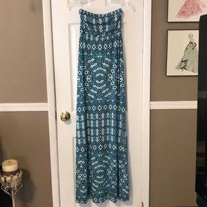 5|48 turq Aztec maxi dress